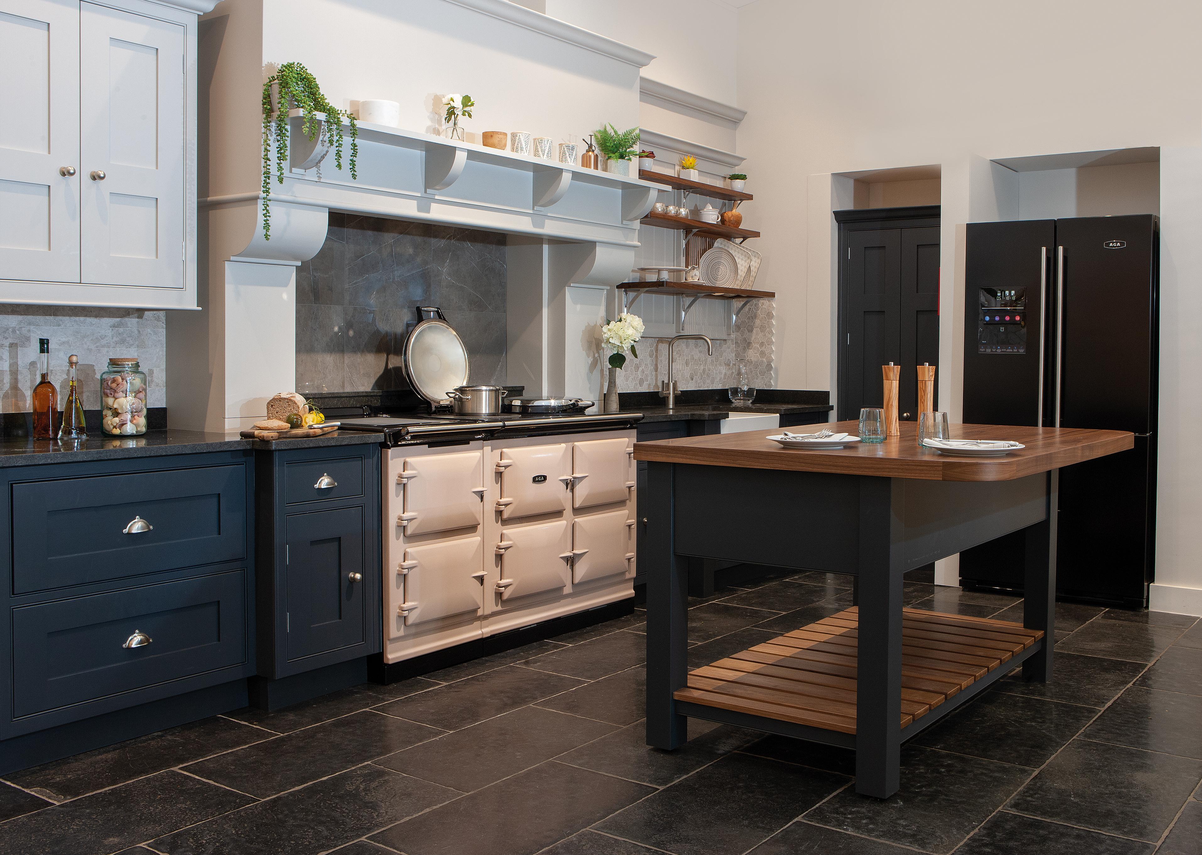 AGA eR7 150-5, 5 oven AGA Cooker 7 Series in Blush