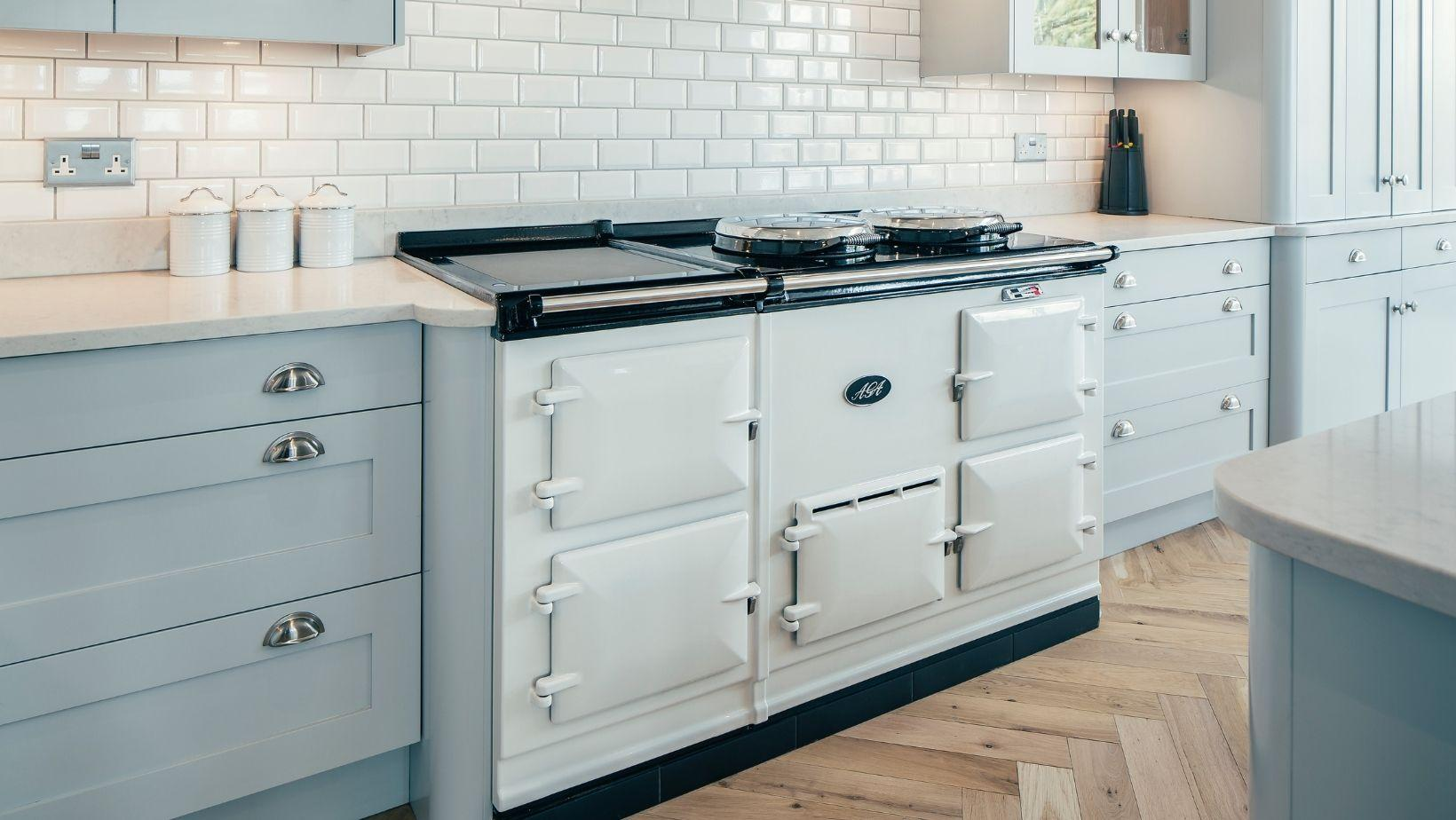 AGA R5 2 Oven with Module in White