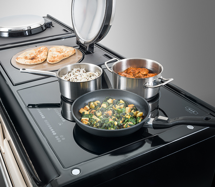 Induction Hob and Modern Hotplates on a new AGA 3 Series